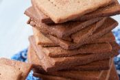 DIY: Cinnamon Graham Crackers
