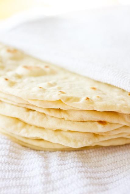DIY: Soft Flour Tortillas - Smells Like Home