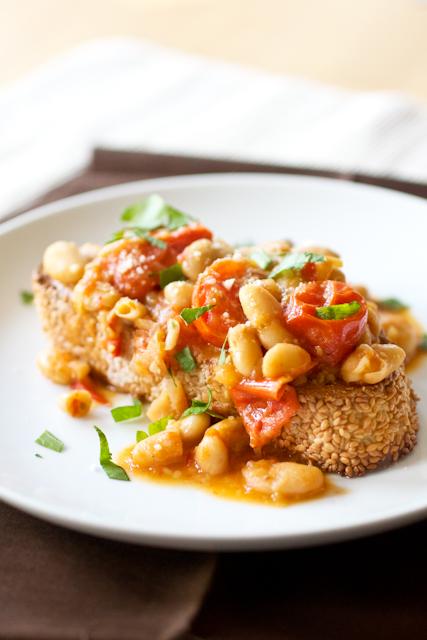 White Bean Ragout with Parmesan Toast