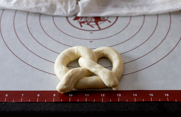 Soft Pretzel Photo Tutorial 5