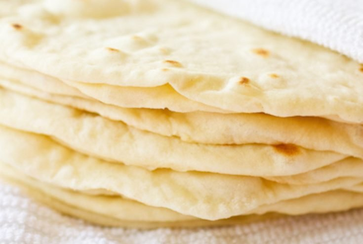 Did you know you can make tortillas at home with just a food processor and a rolling pin? Yes! These soft flour tortillas are easy and always a big hit! #flour #tortillas #soft #foldable #homemade #diy #fromscratch #easy #tacos #enchiladas #burritos #taquitos #quesadilla #chips #byhand #foodpro #machine #texmex #mexican #cincodemayo from @taraslh