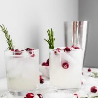 The Mistletoe Kiss (Christmas Cocktail)