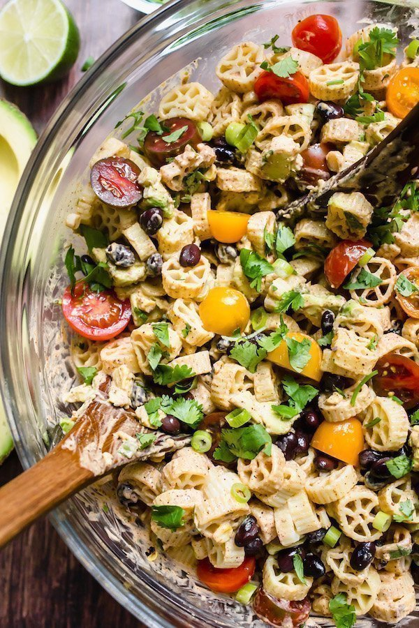 Taco Pasta Salad: With a creamy taco ranch dressing, this no-mayo pasta salad is an easy vegetarian meal that is the perfect marriage of tacos and pasta! #tacopastasalad #easy #vegetarian #tacoranchdressing #pastasalad