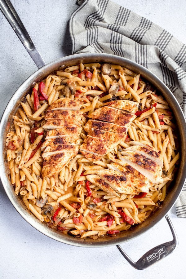 One Pot Cajun Chicken Pasta