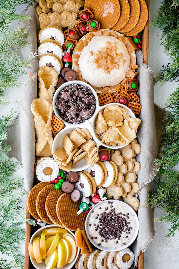 How to Build a Holiday Dessert Charcuterie Board